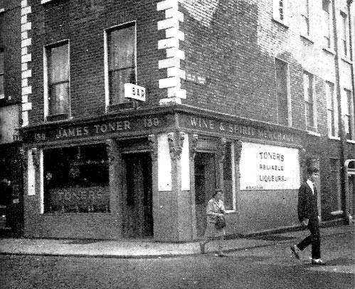 toners-pub-baggot st -dublin1979