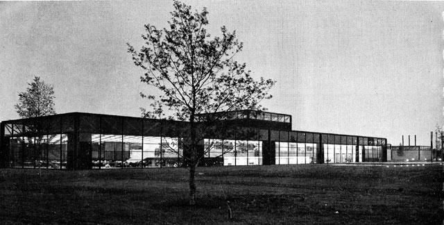 pj_carrolls_factory_dundalk_1971_outside