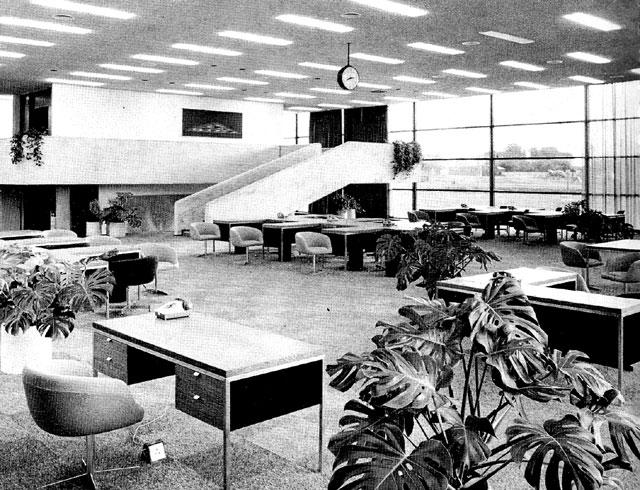 pj_carrolls_factory_dundalk_1971_office