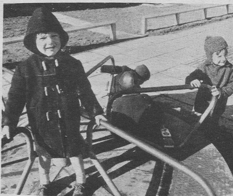 playground-ballymun-1968