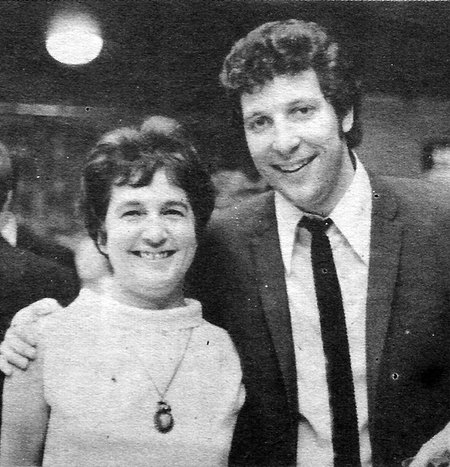 tom-jones-eileen-ball-cutex