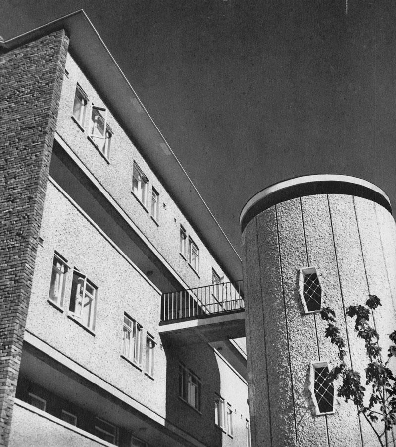flats-Lower Gardiner St, Dublin 1 - 1961 rs magowan