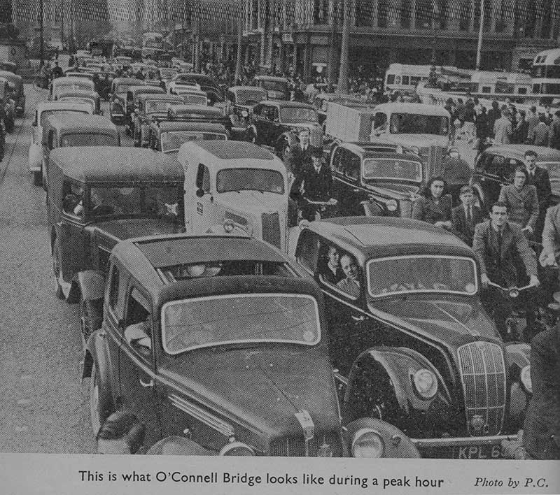 Traffic O'Connell Bridge 1948